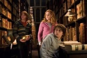 hogwarts-330x220